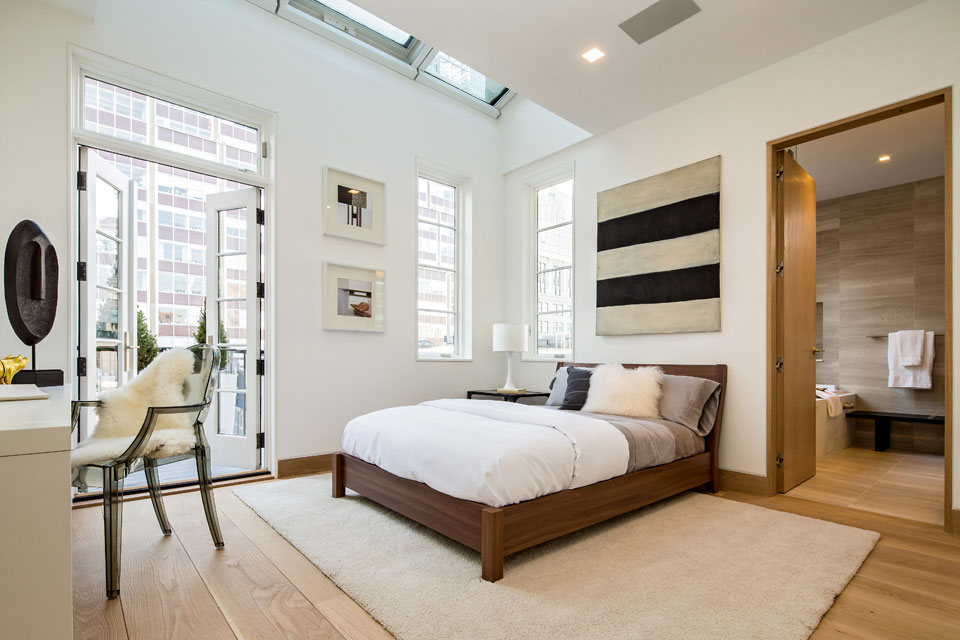Bedroom patio doors rug penthouse apartment in tribeca for New york bedroom designs