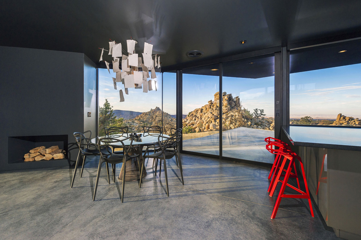 Breakfast Bar, Dining Table, Lighting, Views, Mountain Home in Twentynine Palms, California