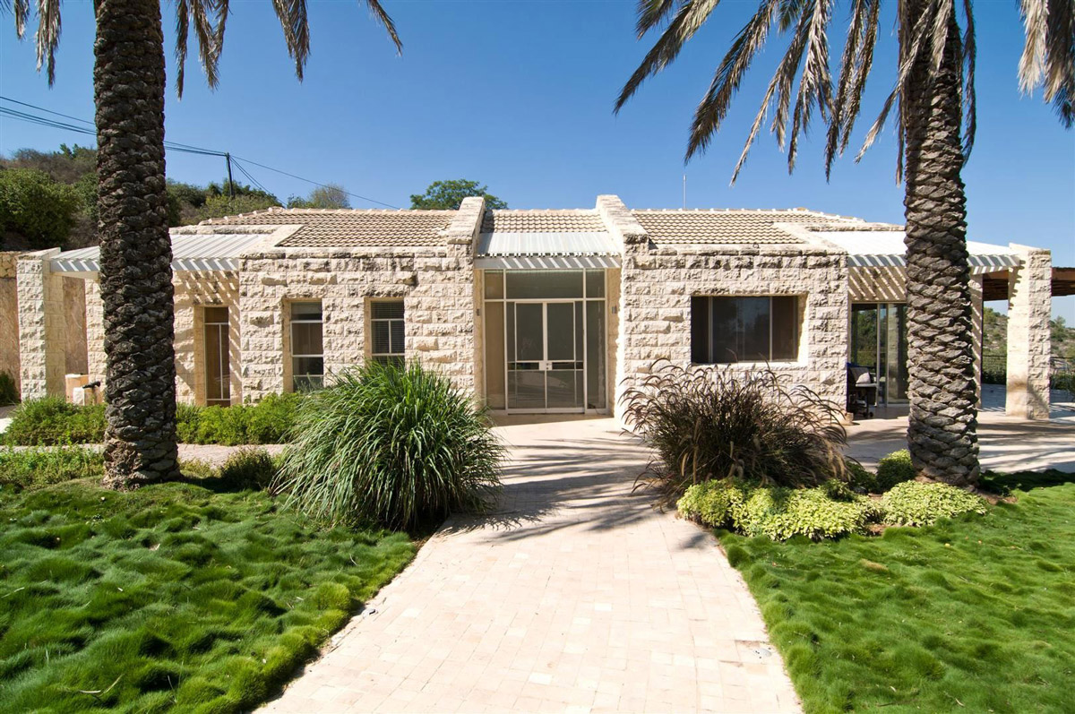 Entrance, Contemporary Stone House in Jerusalem, Israel