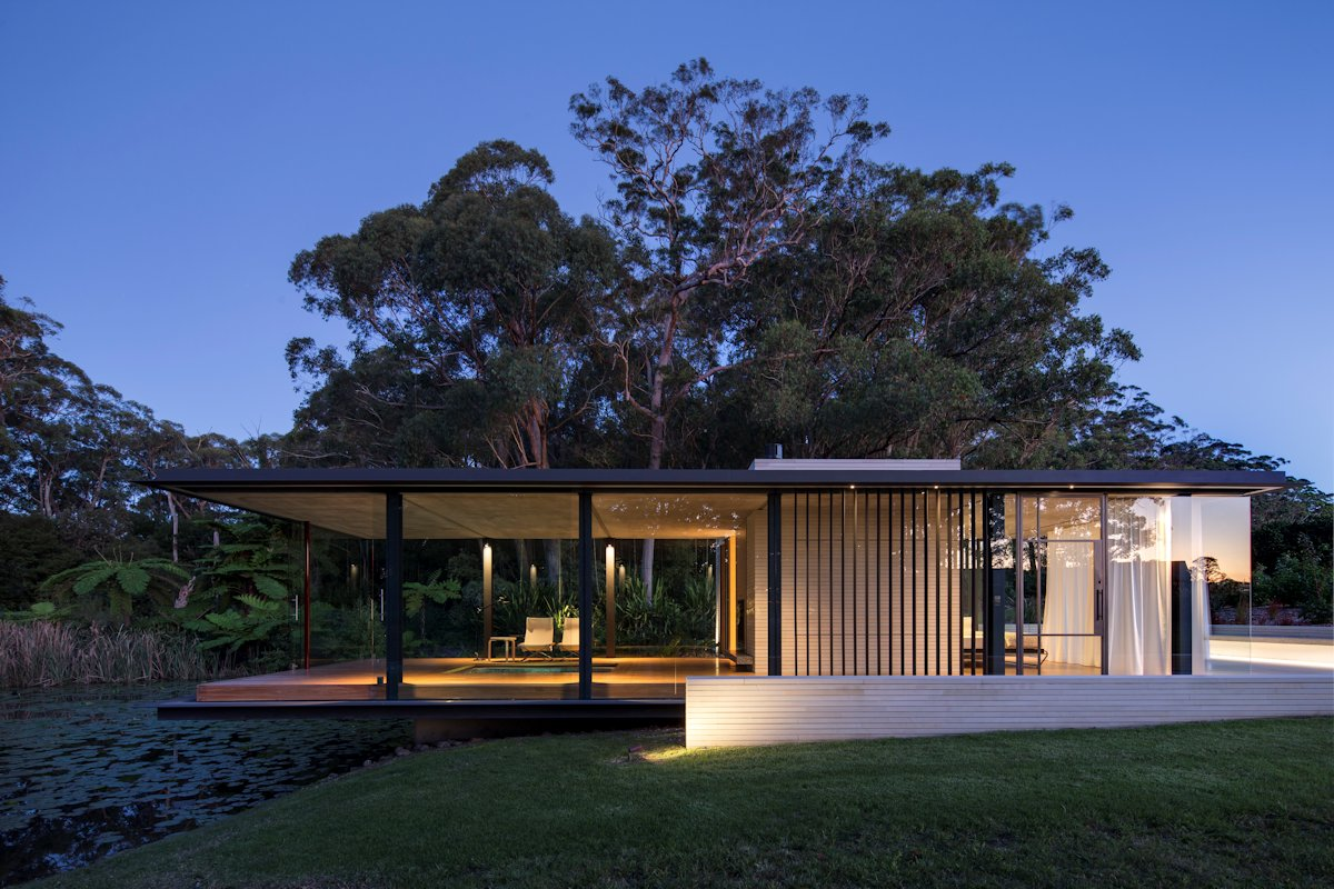 cantilevered over a pond glass pavilion in somersby australia. Black Bedroom Furniture Sets. Home Design Ideas
