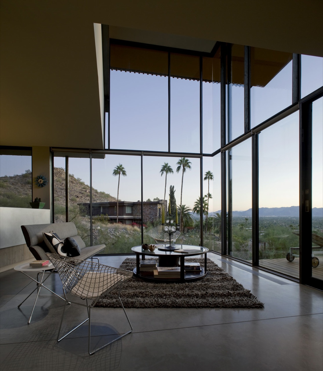 Floor-to-Ceiling Windows, Living Space, Rug, Coffee Table, Jarson Residence in Paradise Valley, Arizona