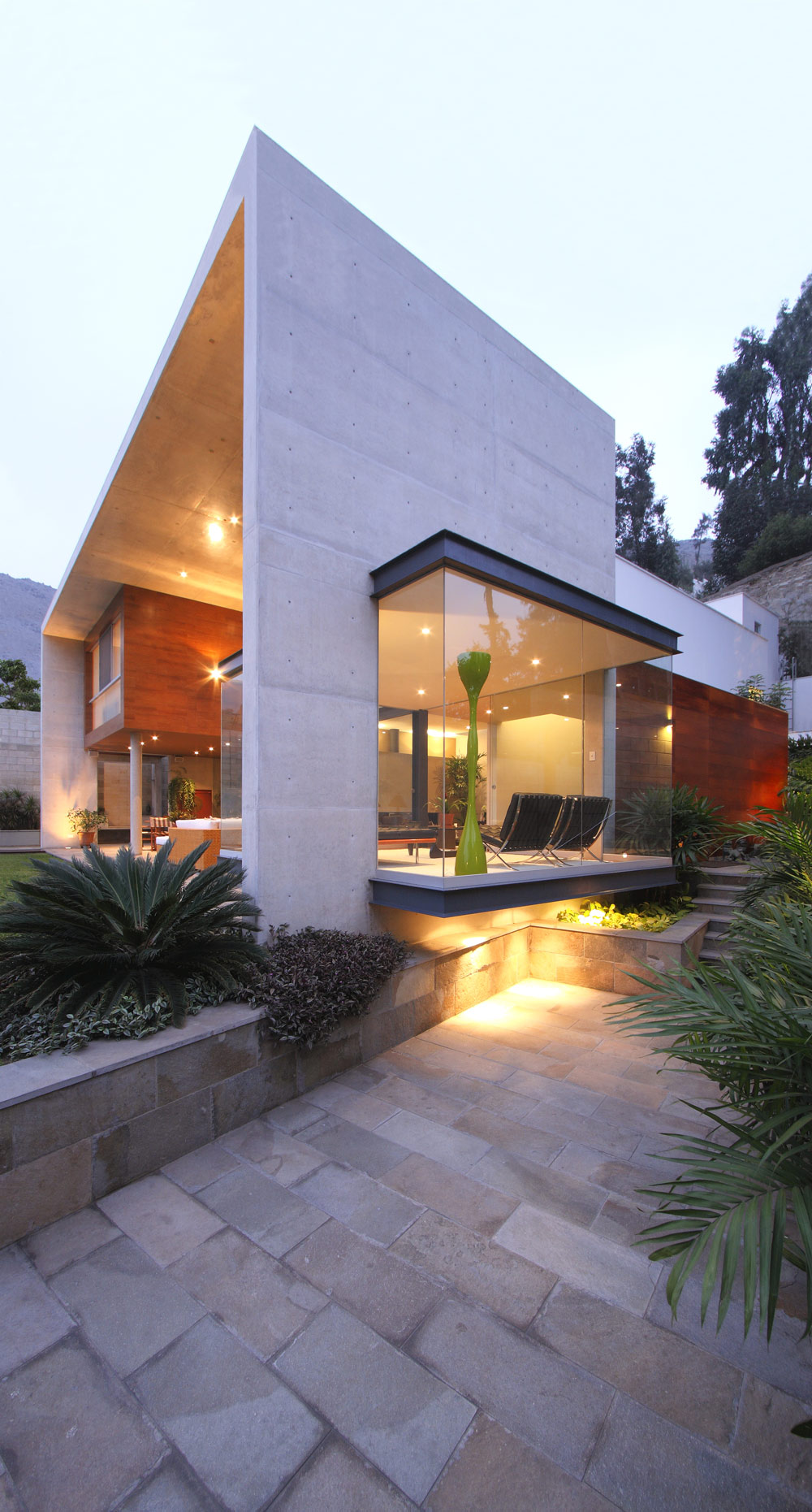 Garden, Lighting, Large Windows, Family Home in Lima, Peru