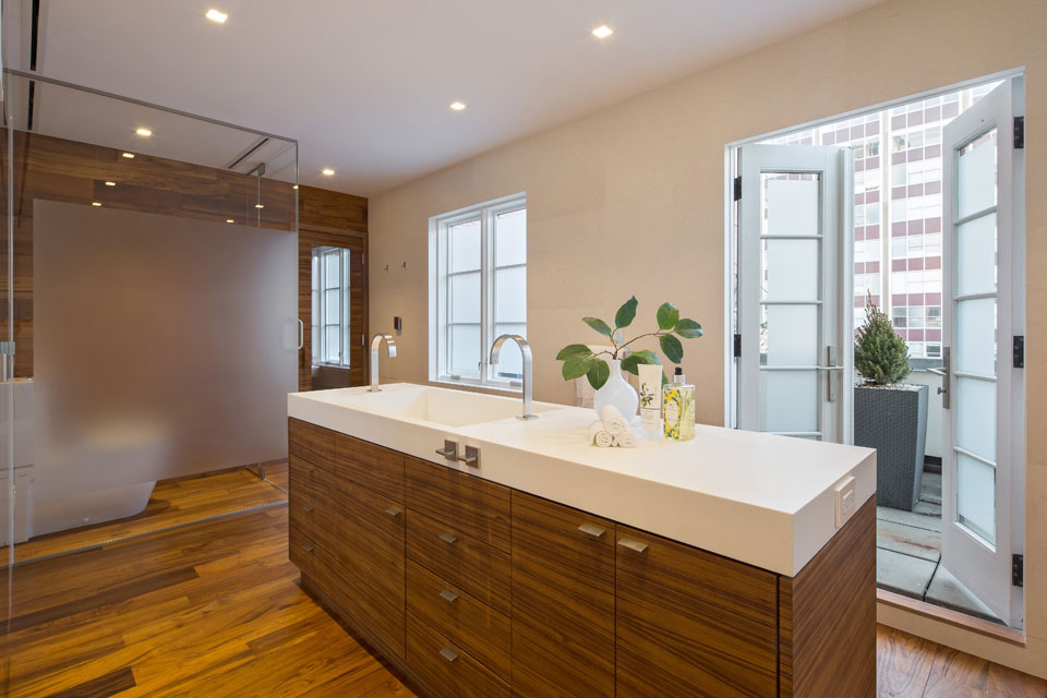 Glass Wall, Central Sink, Penthouse Apartment in TriBeCa, New York City