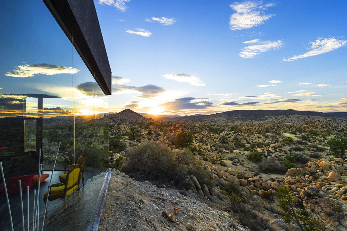 Glass Wall, Desert Views, Mountain Home in Twentynine Palms, California