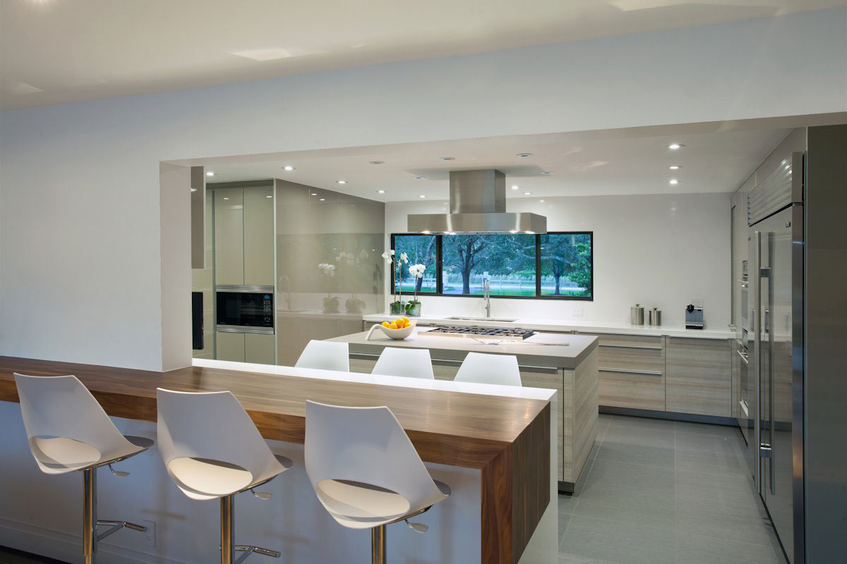 Kitchen Island, Breakfast Bar, Modern Retreat in Davie, Florida
