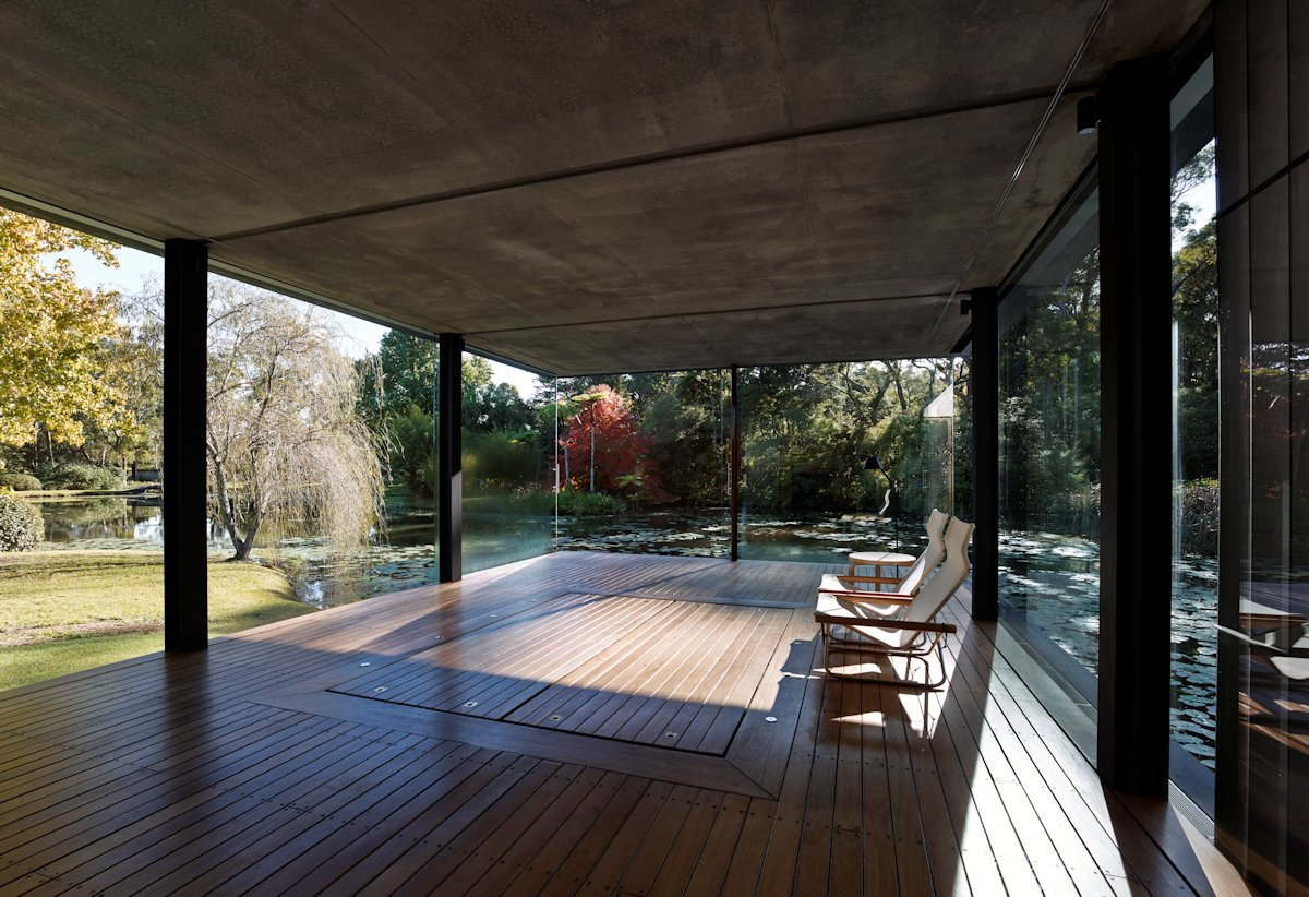 Living Space, Glass Walls, Glass Pavilion in Somersby, Australia