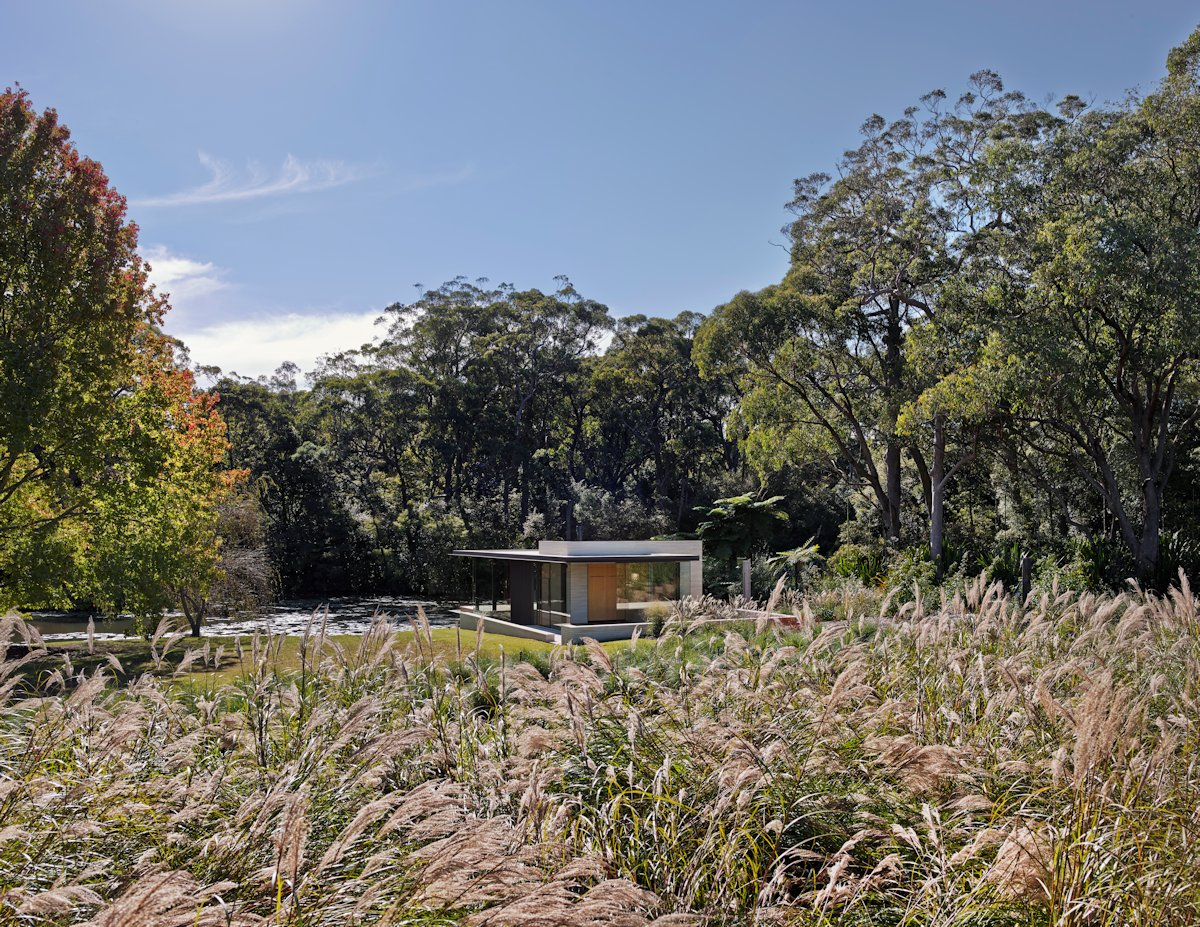 Lush Grounds, Glass Pavilion in Somersby, Australia