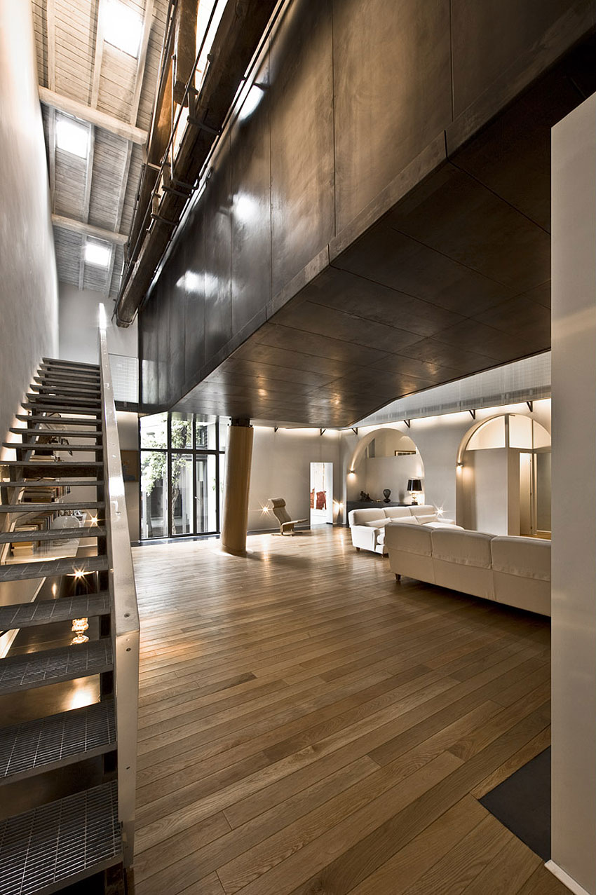 Metal Staircase, Wood Floor, Stylish Apartment in Trastevere, Rome