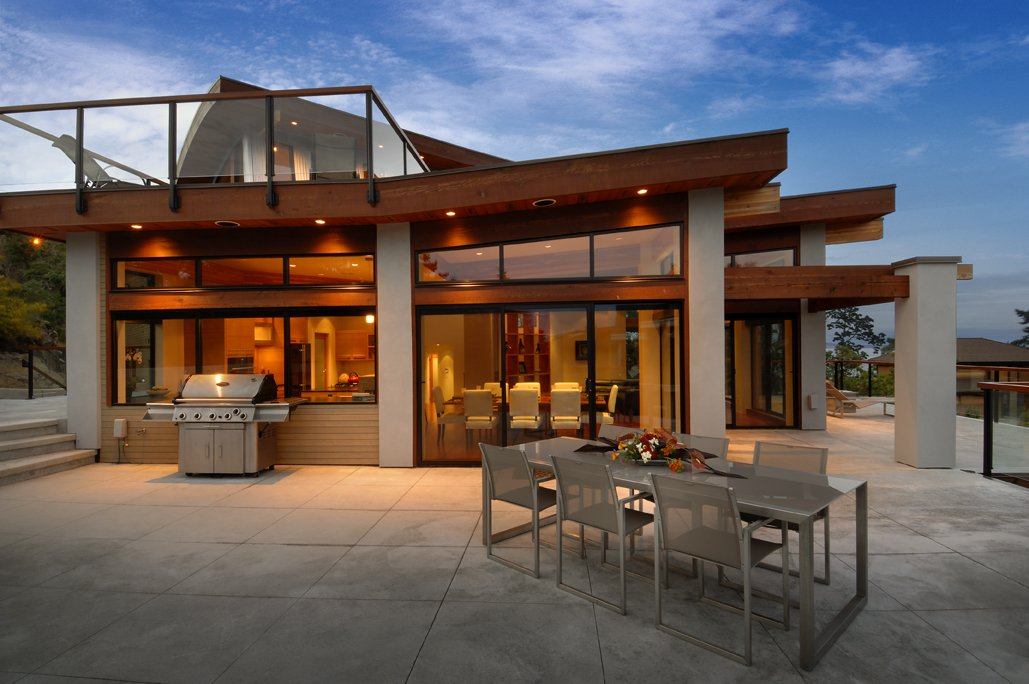 Outdoor Dining, Terrace, Modern Home in Victoria, British Columbia