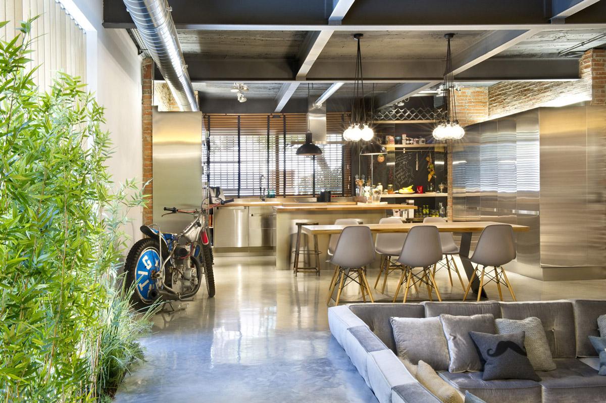 Plants, Sofa, Dining, Kitchen, Loft Style Home in Terrassa, Spain