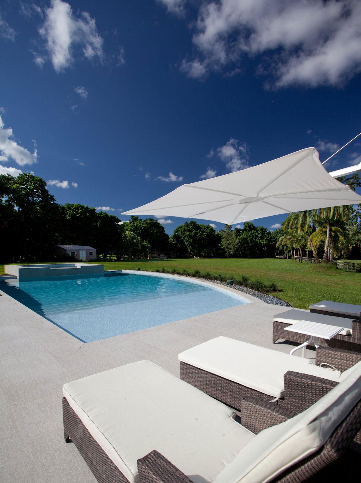 Pool, Garden Furniture, Modern Retreat in Davie, Florida