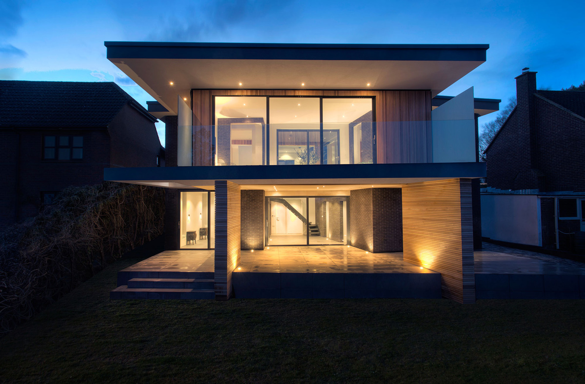 Rear Façade, Modern Home in Hampshire, England