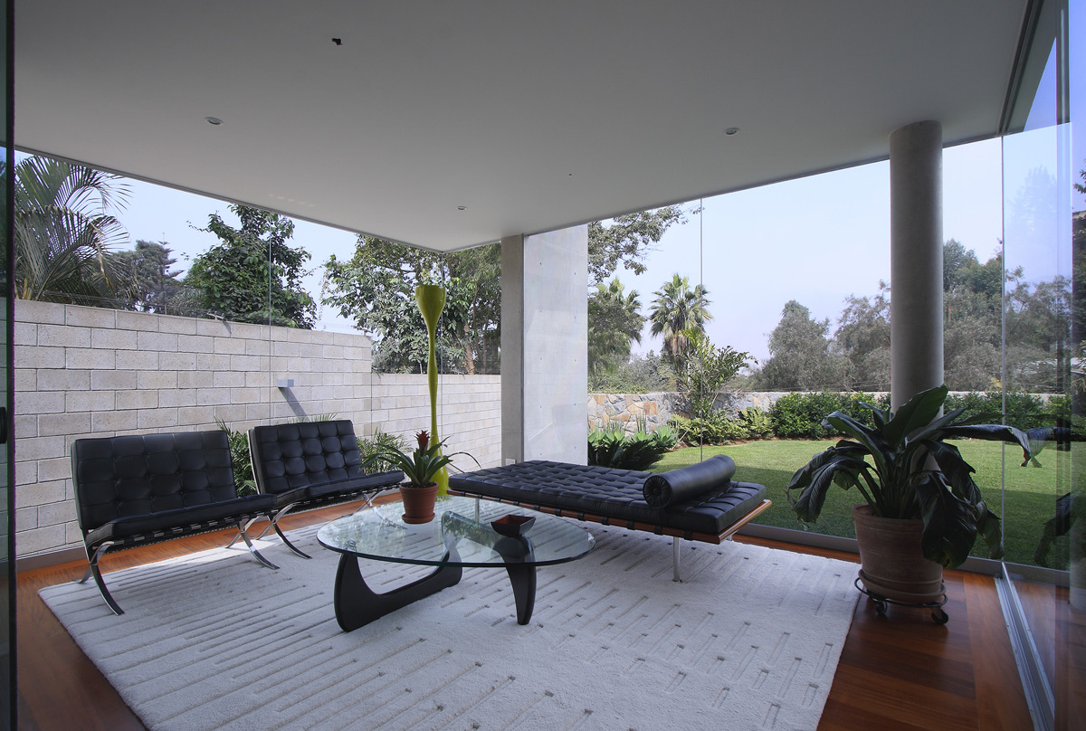 Rug, Chairs, Glass Walls, Living Space, Family Home in Lima, Peru