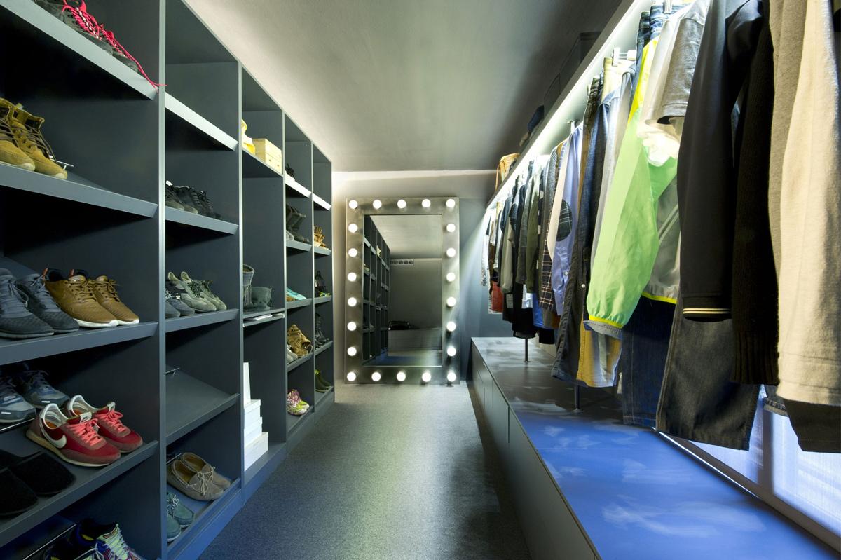 Shelves, Dressing Room, Loft Style Home in Terrassa, Spain