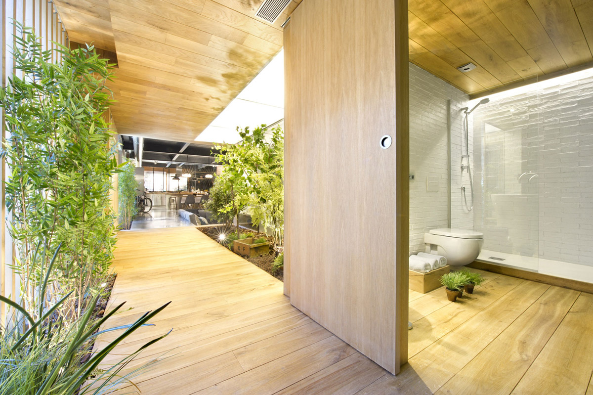 Shower, Loft Style Home in Terrassa, Spain