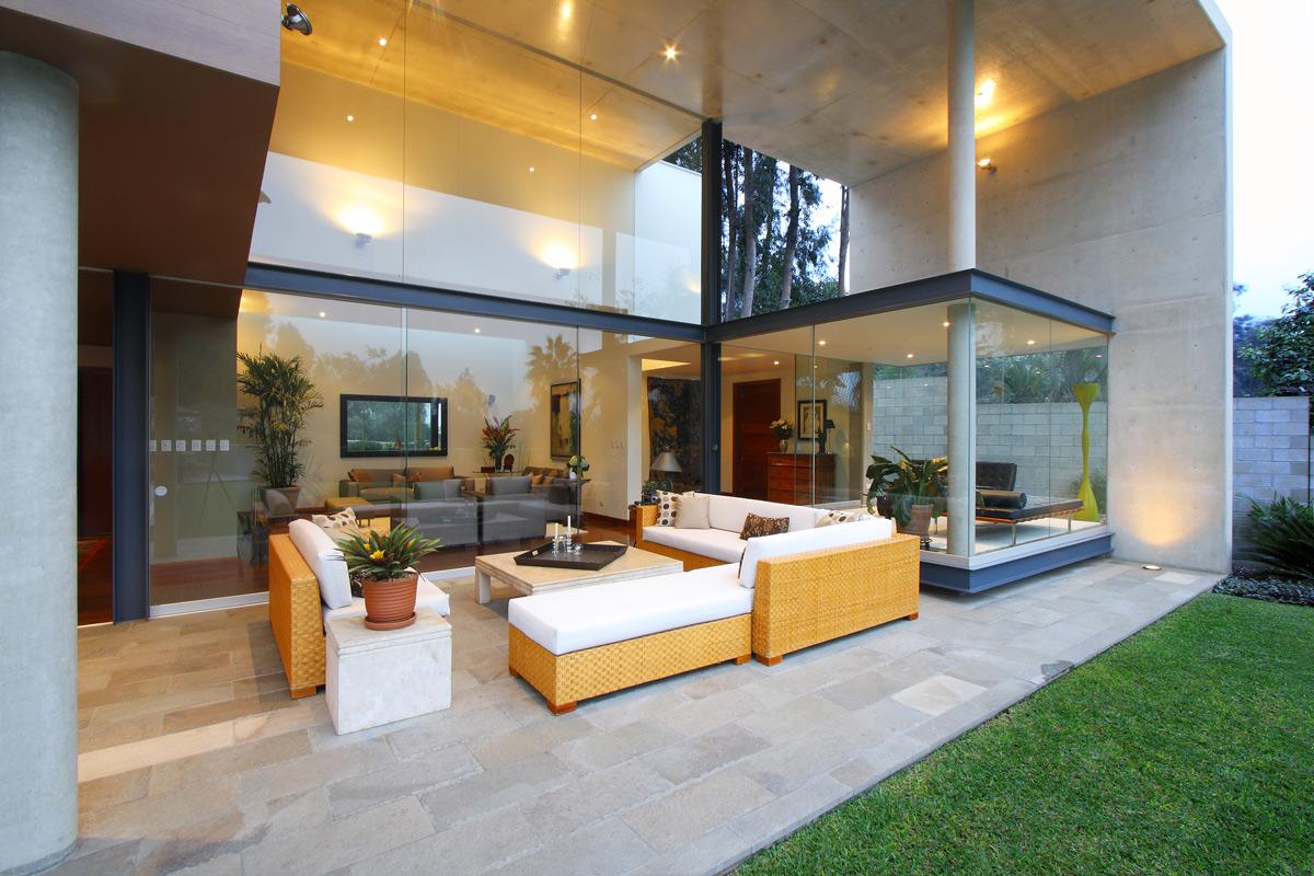 Terrace Furniture, Family Home in Lima, Peru