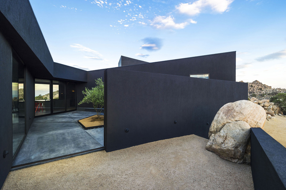Terrace, Natural Boulder, Mountain Home in Twentynine Palms, California