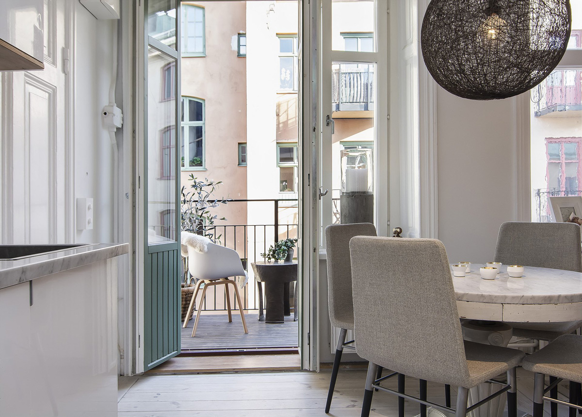 Balcony, Marble & Wood Dining Table, Apartment in Östermalm, Stockholm