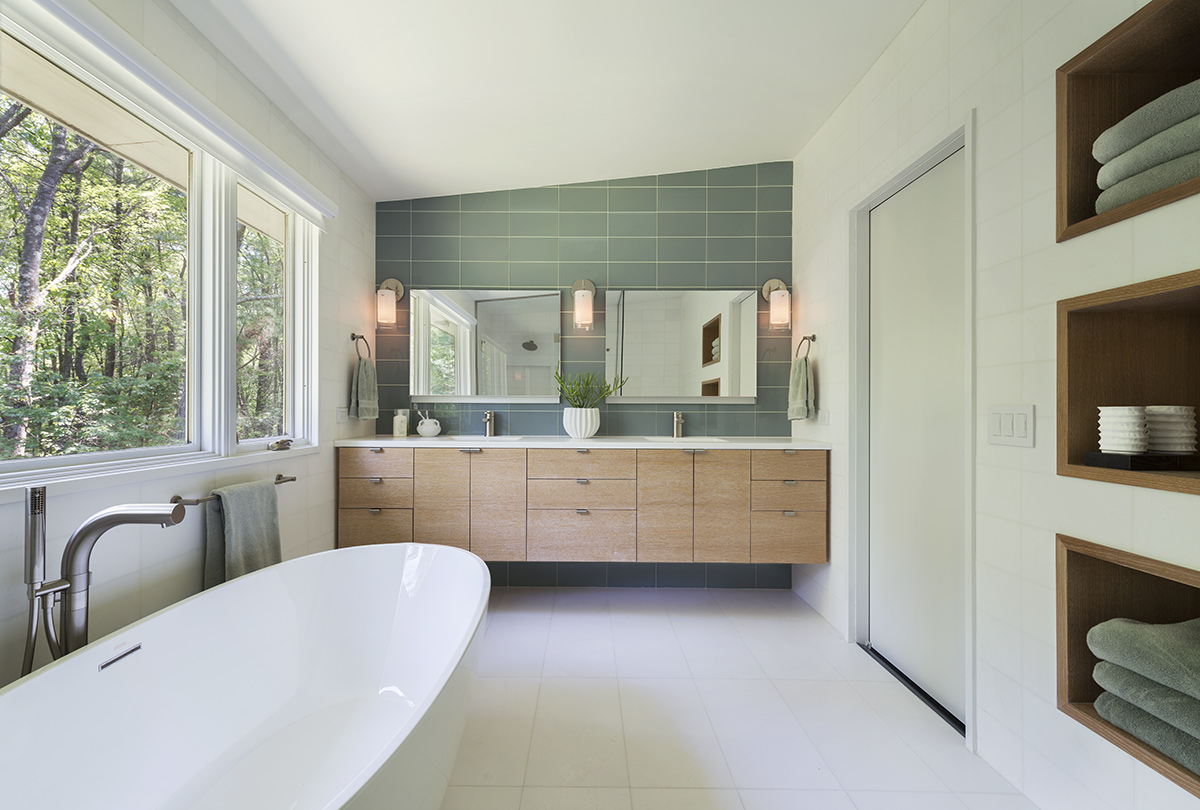 Bath, Bathroom, Mid-Century Modern House in Lincoln
