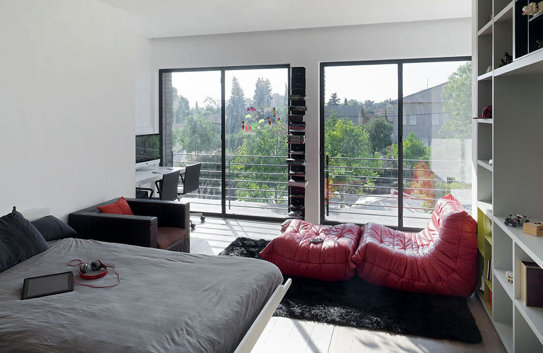 Bedroom, Glass Sliding Doors, Family Home in Ramat HaSharon, Israel