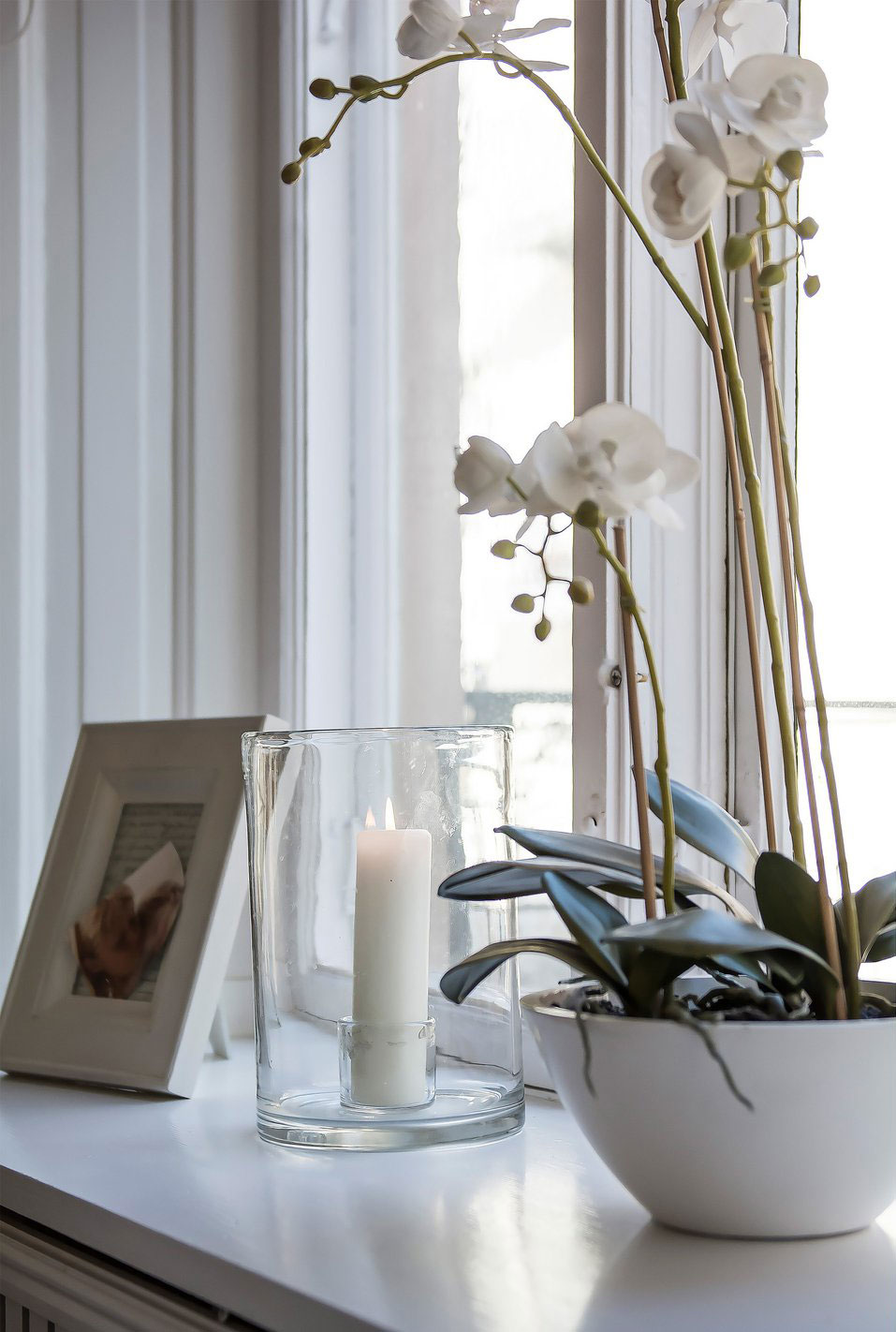 Candle, Plant, Picture Frame, Apartment in Östermalm, Stockholm