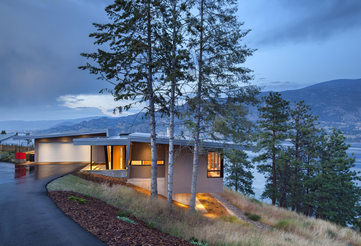 Evening, Lighting, Lake Views, Skaha Lake Home, Kaleden, British Columbia