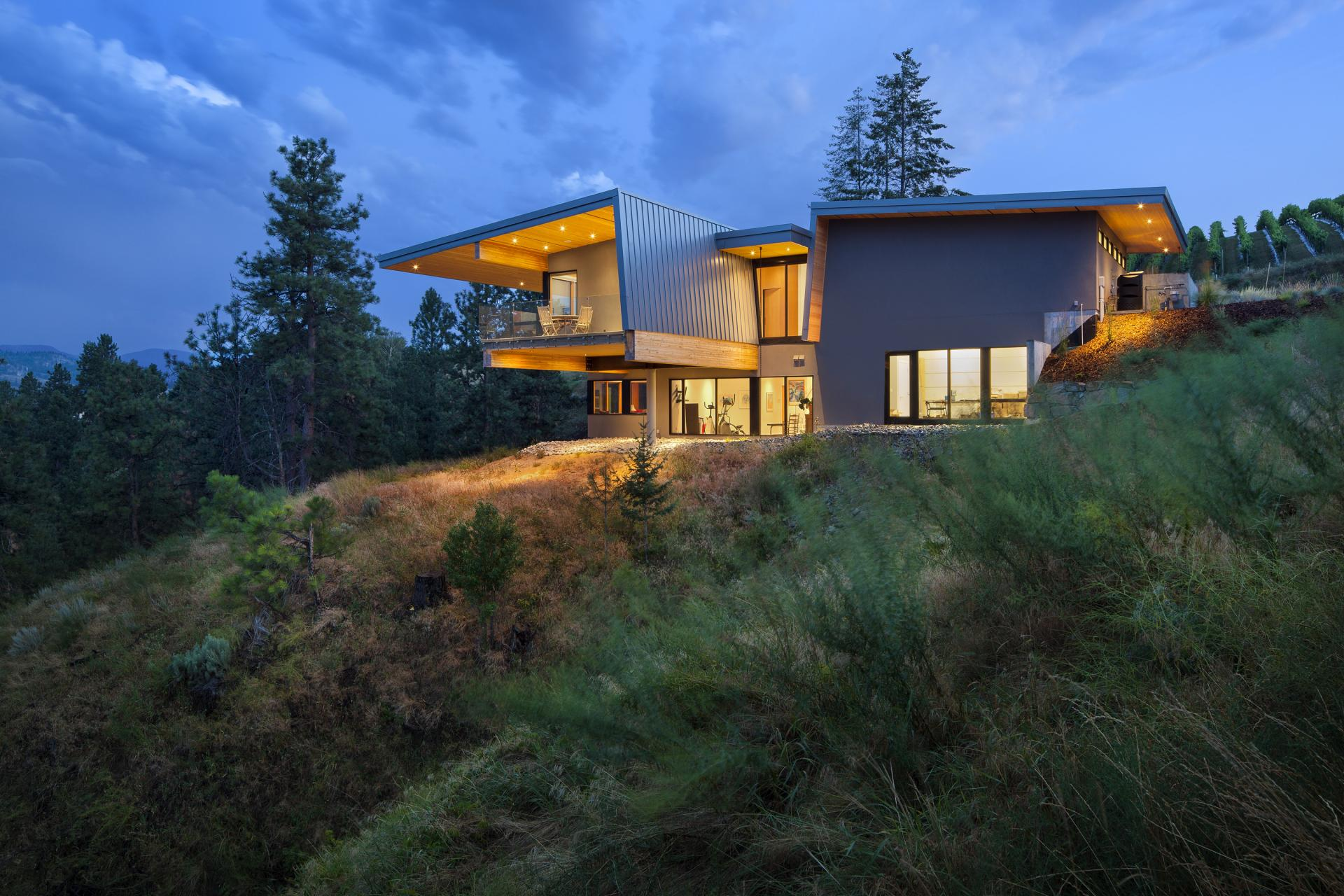 Lakeside Home in Kaleden, British Columbia