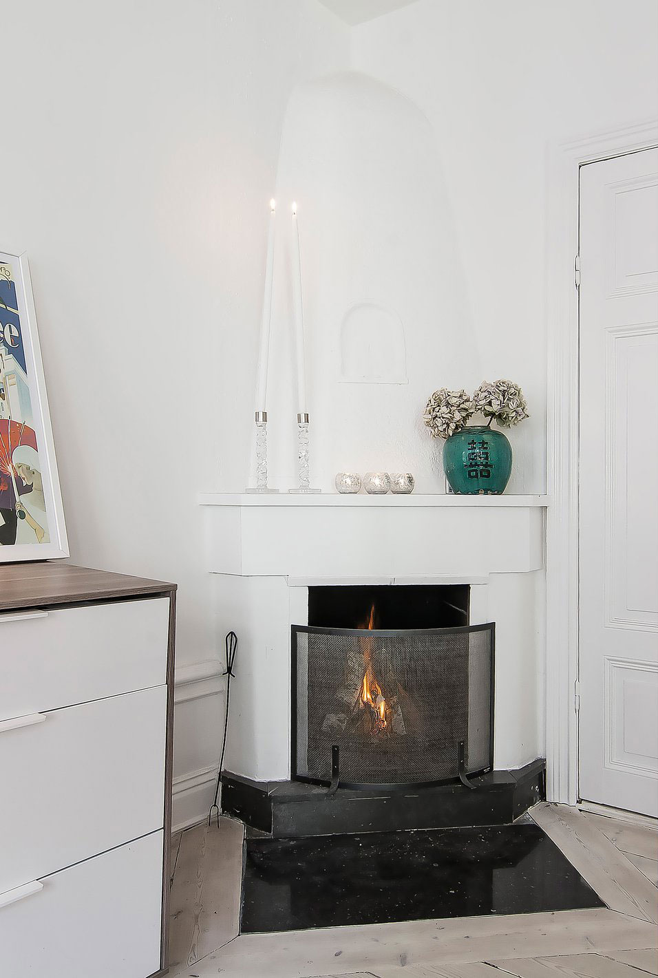 Fireplace, Apartment in Östermalm, Stockholm