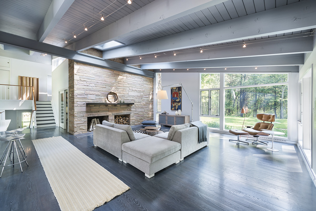 Fireplace, Sofas, Living Room, Beams, High Ceiling, Mid-Century Modern House in Lincoln