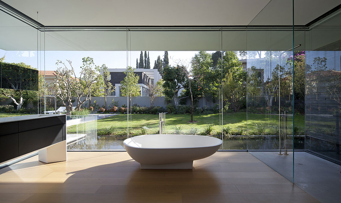 Glass Shower, Bath, Sink, Bathroom, Float House in Tel Aviv, Israel
