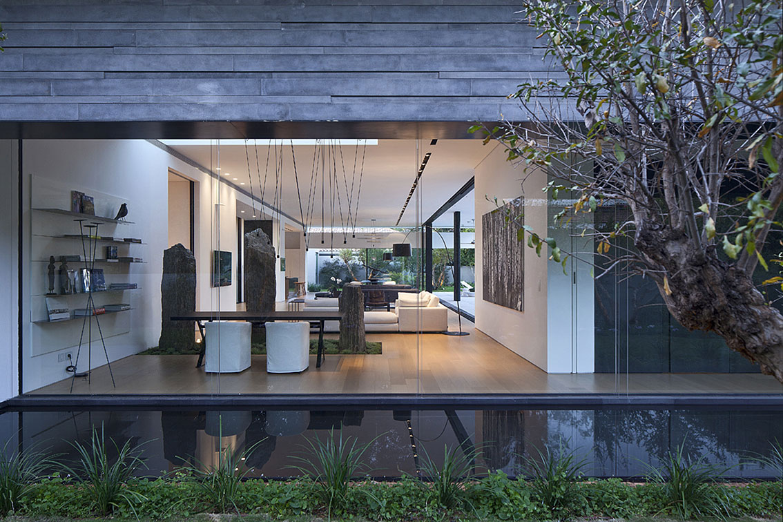 Glass Walls, Water Feature, Float House in Tel Aviv, Israel