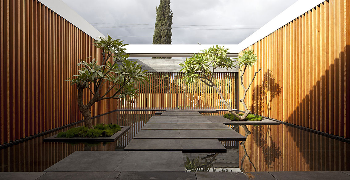 Internal Courtyard, Water Feature, Float House in Tel Aviv, Israel