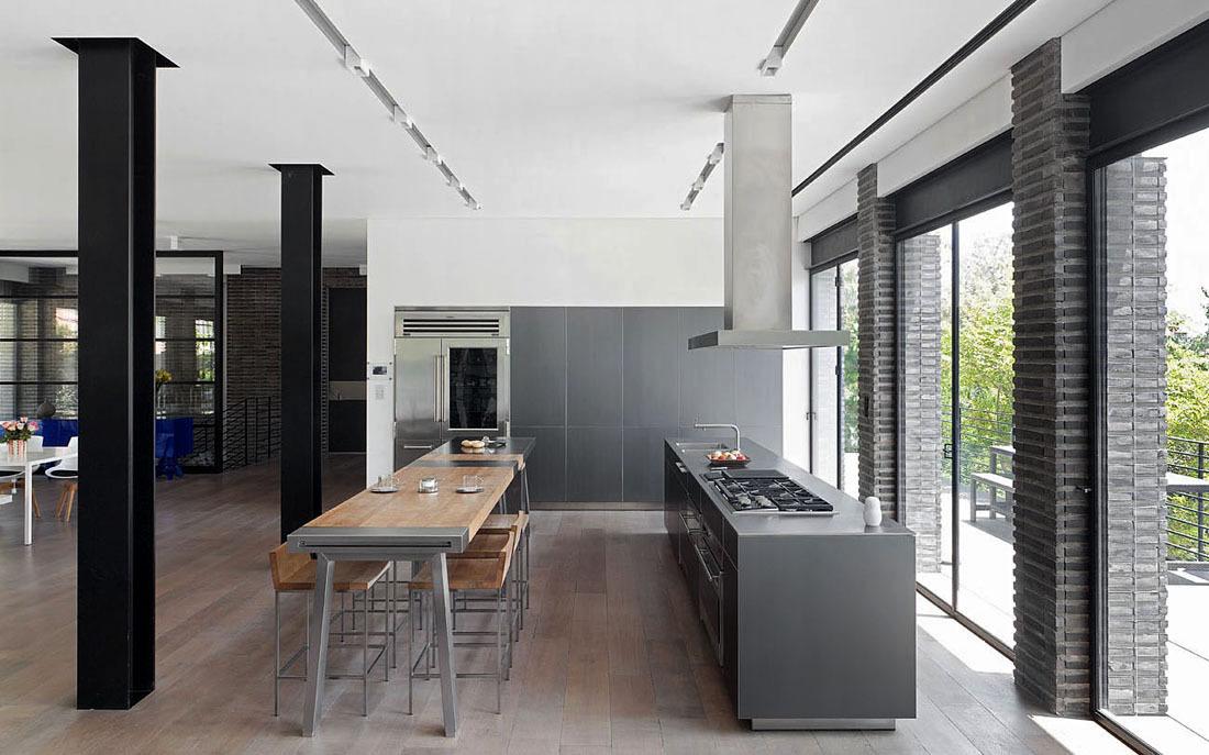 Kitchen, Breakfast Bar, Family Home in Ramat HaSharon, Israel