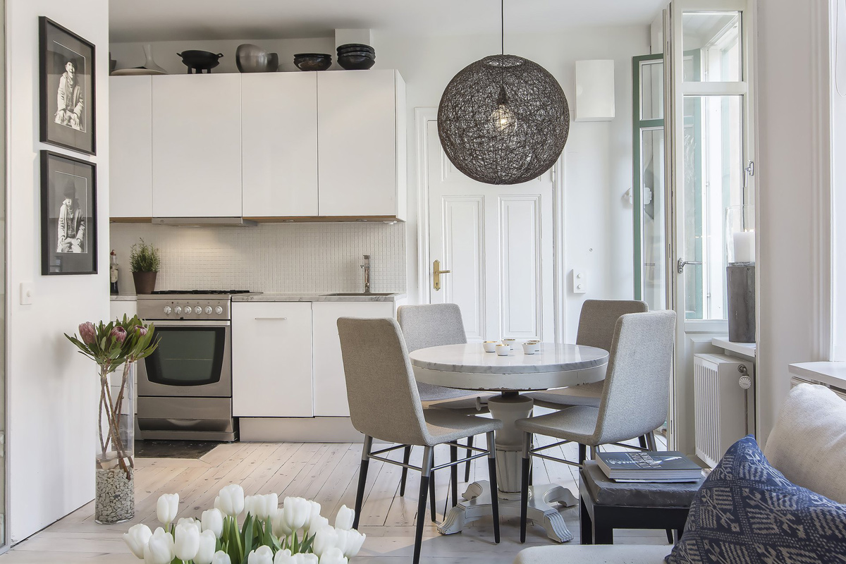 Kitchen, Dining Table, Lighting, Apartment in Östermalm, Stockholm