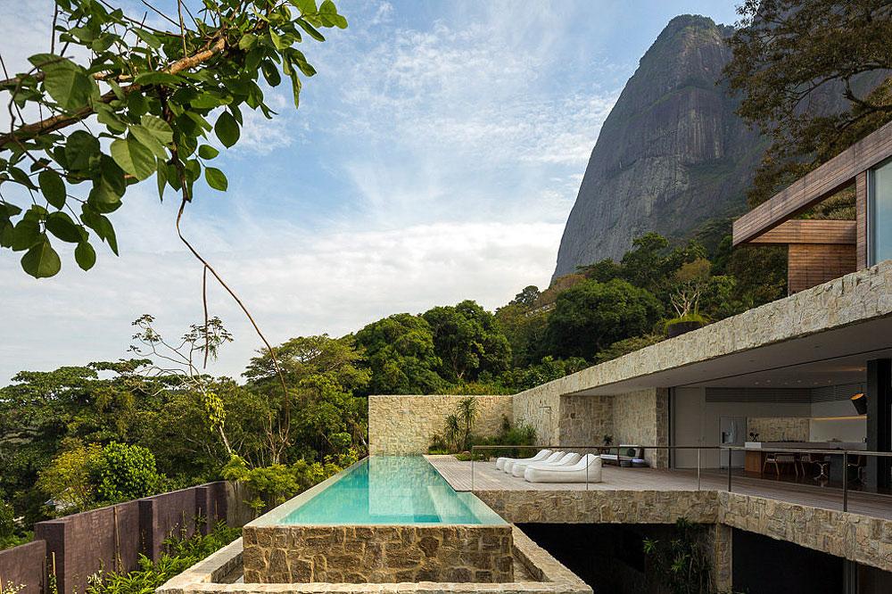 Mountain Views, Pool, Terrace, Home in Rio de Janeiro