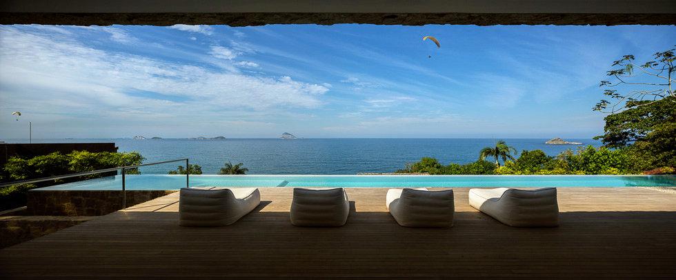 Ocean Views, Terrace, Home in Rio de Janeiro
