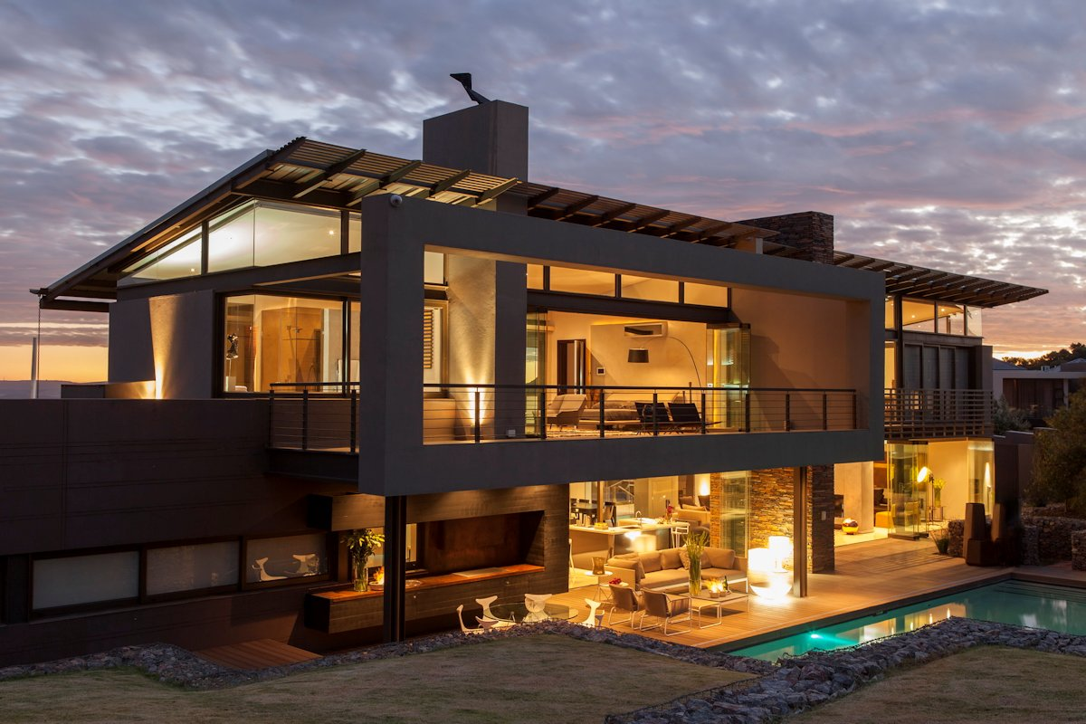 Outdoor Pool, Terrace, Lighting, House in Johannesburg