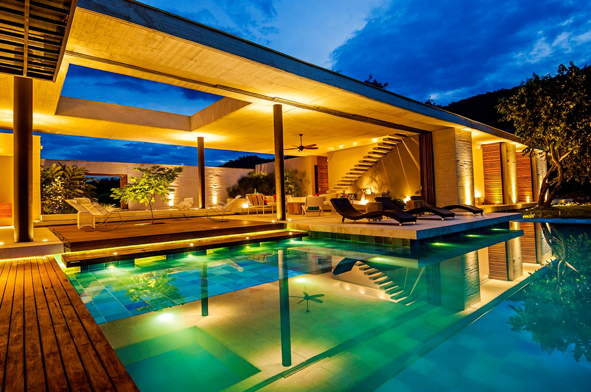 Pool, Lighting, Living Space, House in Villeta, Colombia