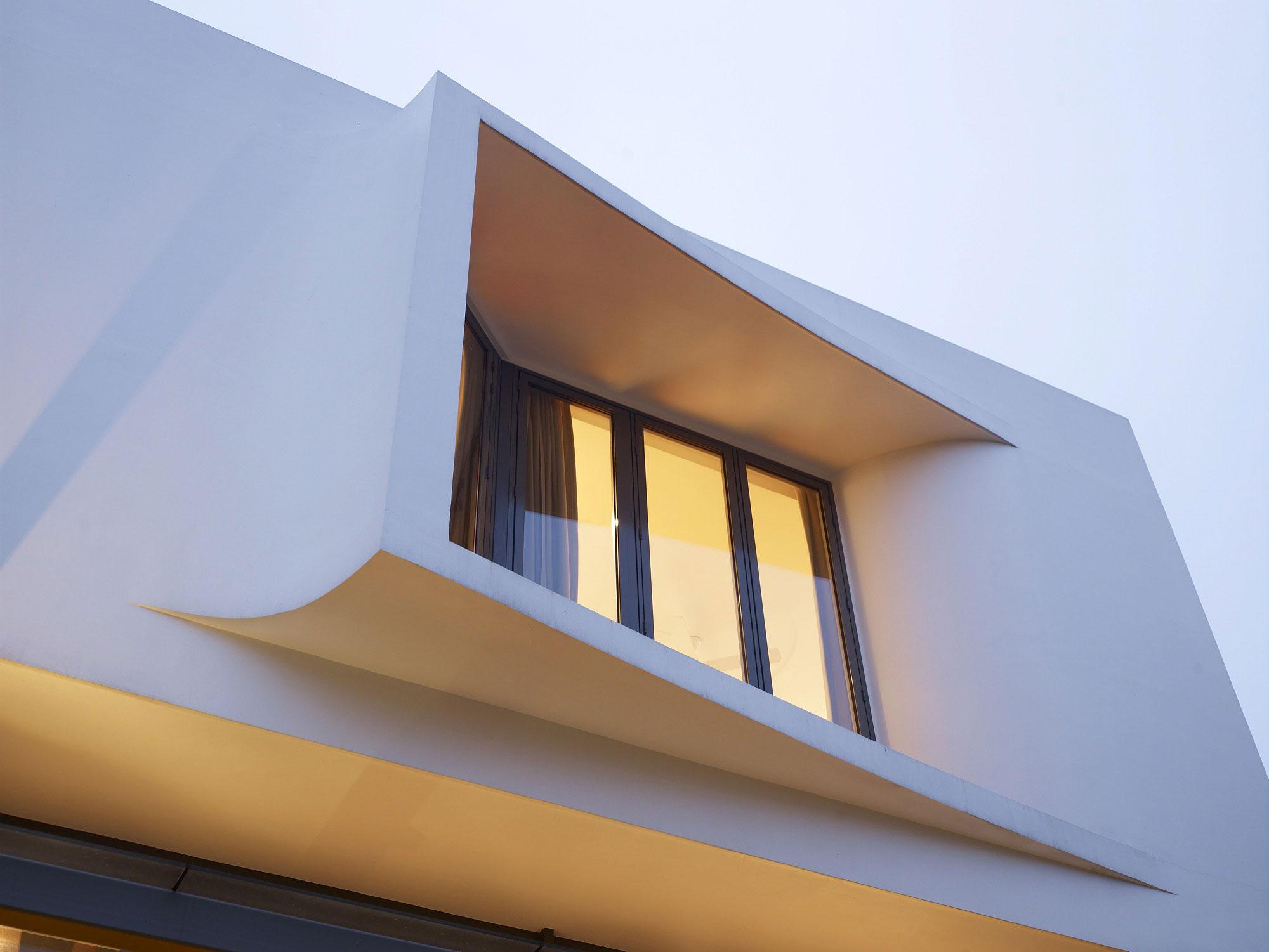 Sculpted Windows, Modern Home, Singapore