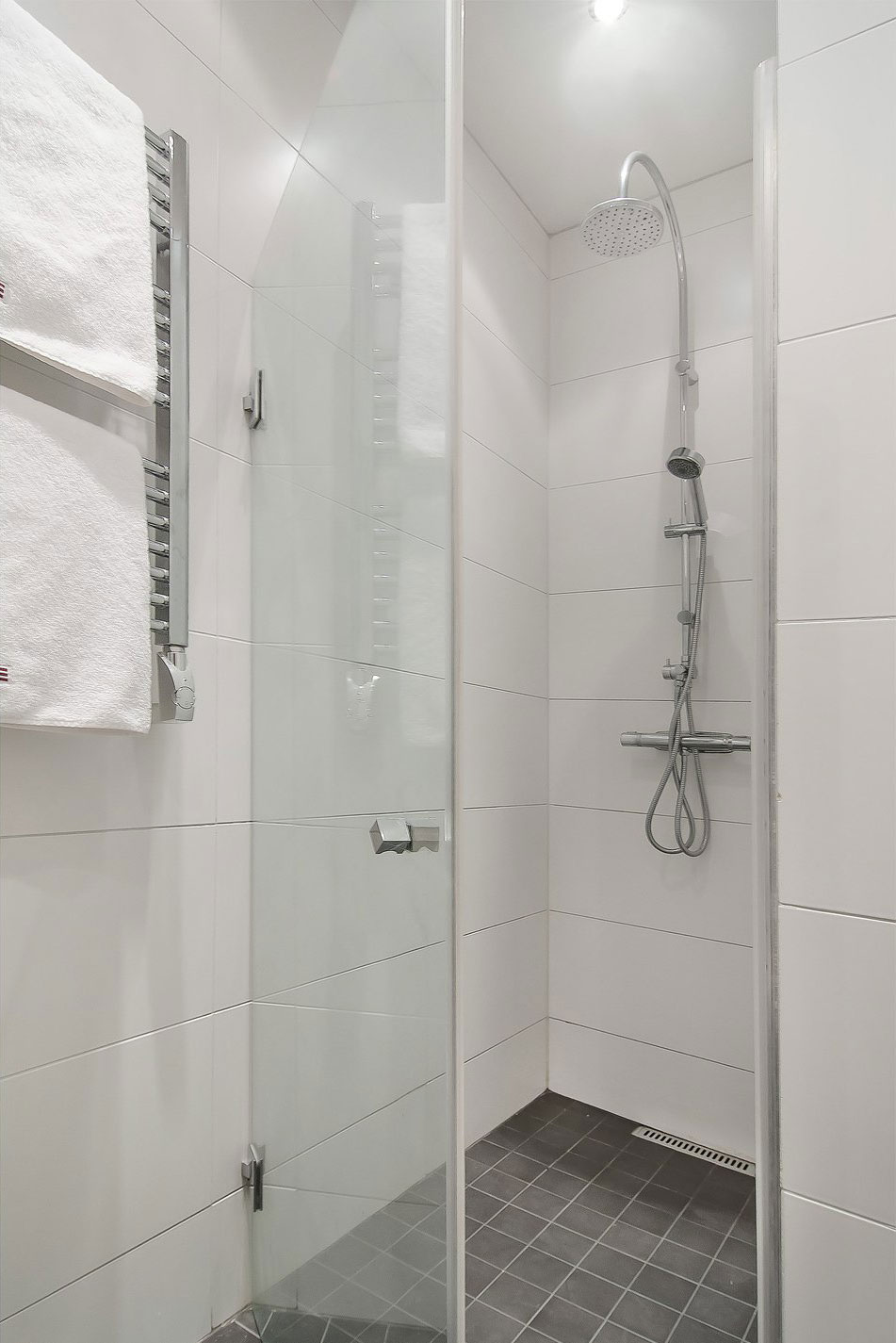 Shower, Glass Door, Apartment in Östermalm, Stockholm