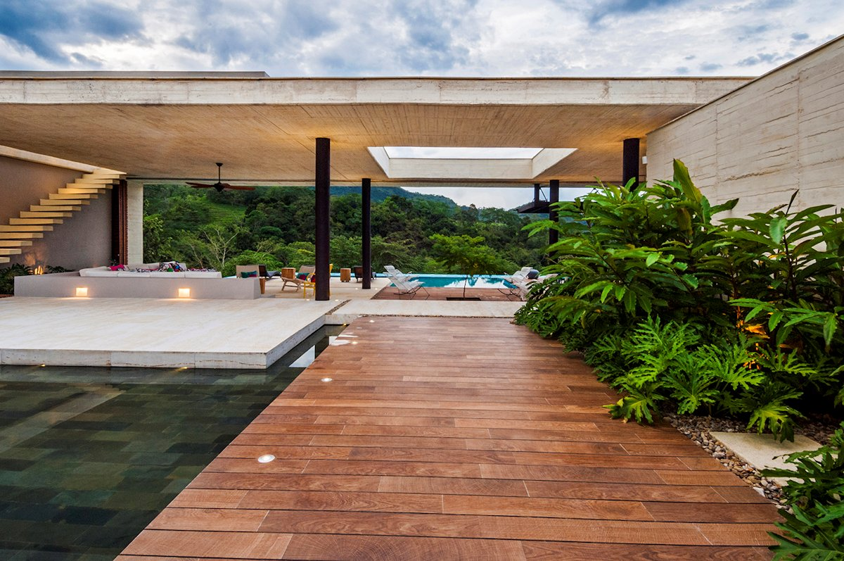 Water Feature, House in Villeta, Colombia