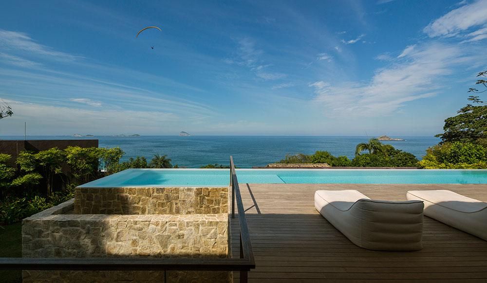 Wooden Deck, Pool, Ocean Views, Home in Rio de Janeiro