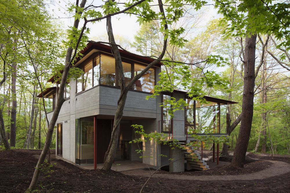 Woods, Hilltop Home in Karuizawa, Japan