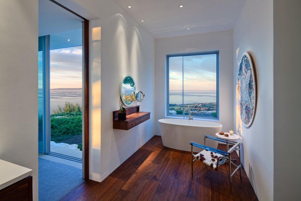 Bath, Bathroom, Hilltop Home in Carpinteria, California