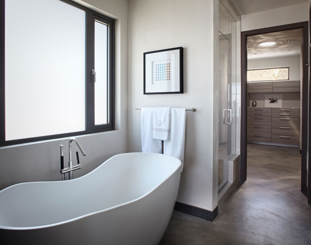 Bath, Bathroom, Shower, Eco-Friendly Beach House in California