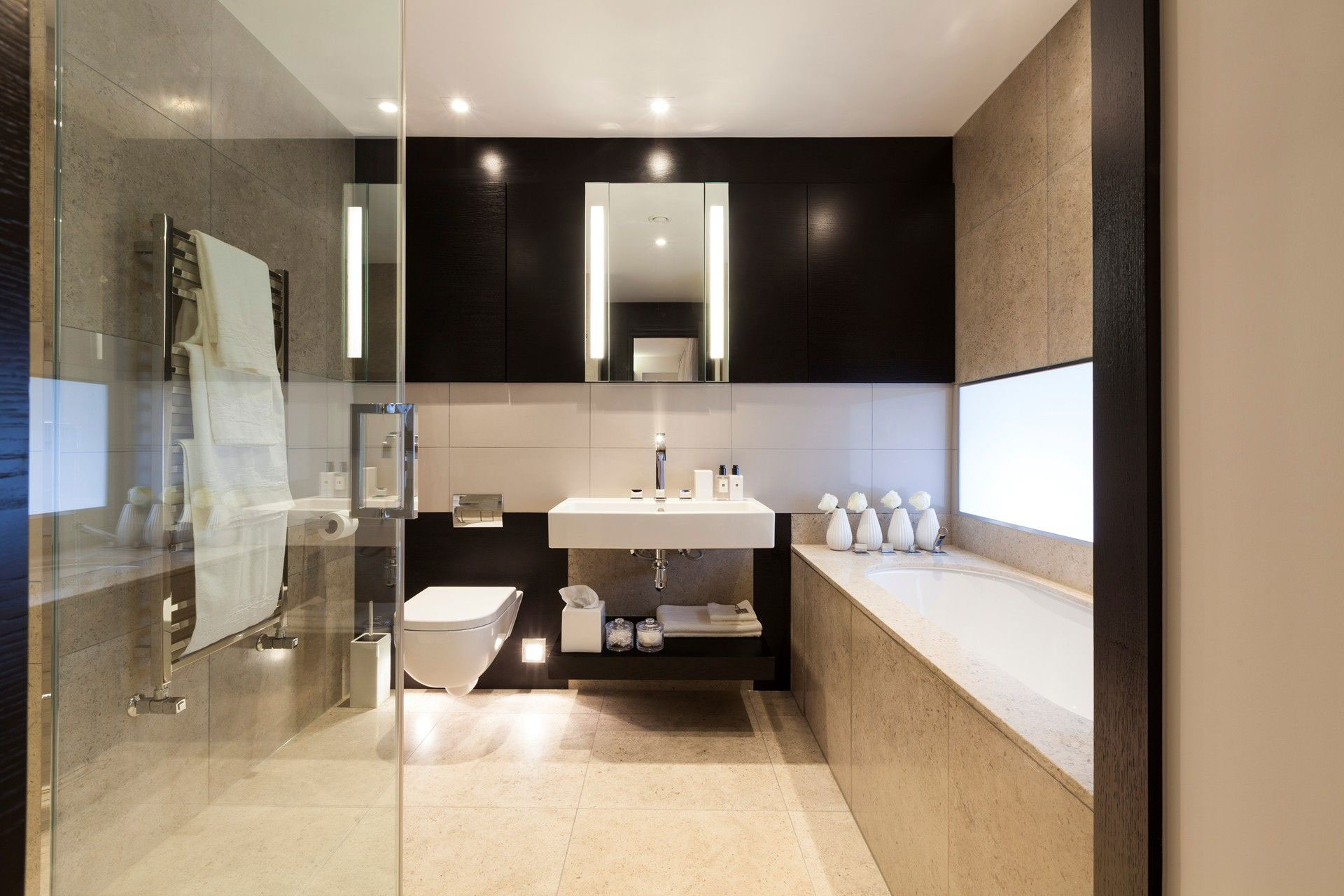 Bathroom, Bath, Henrietta Street Apartment
