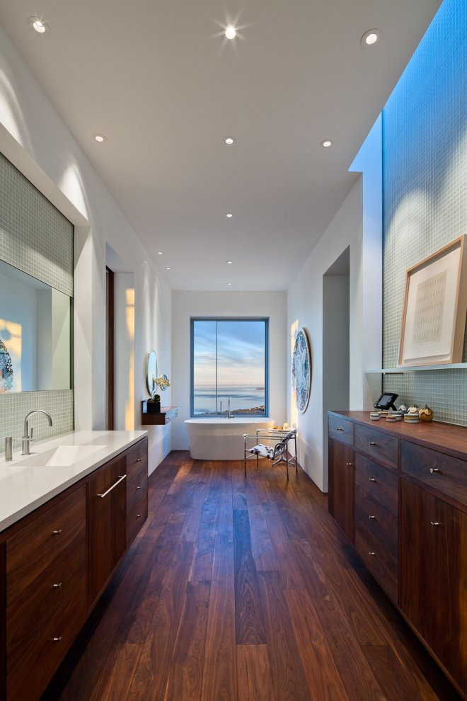 Bathroom, Bath, Wooden Floor, Hilltop Home in Carpinteria, California