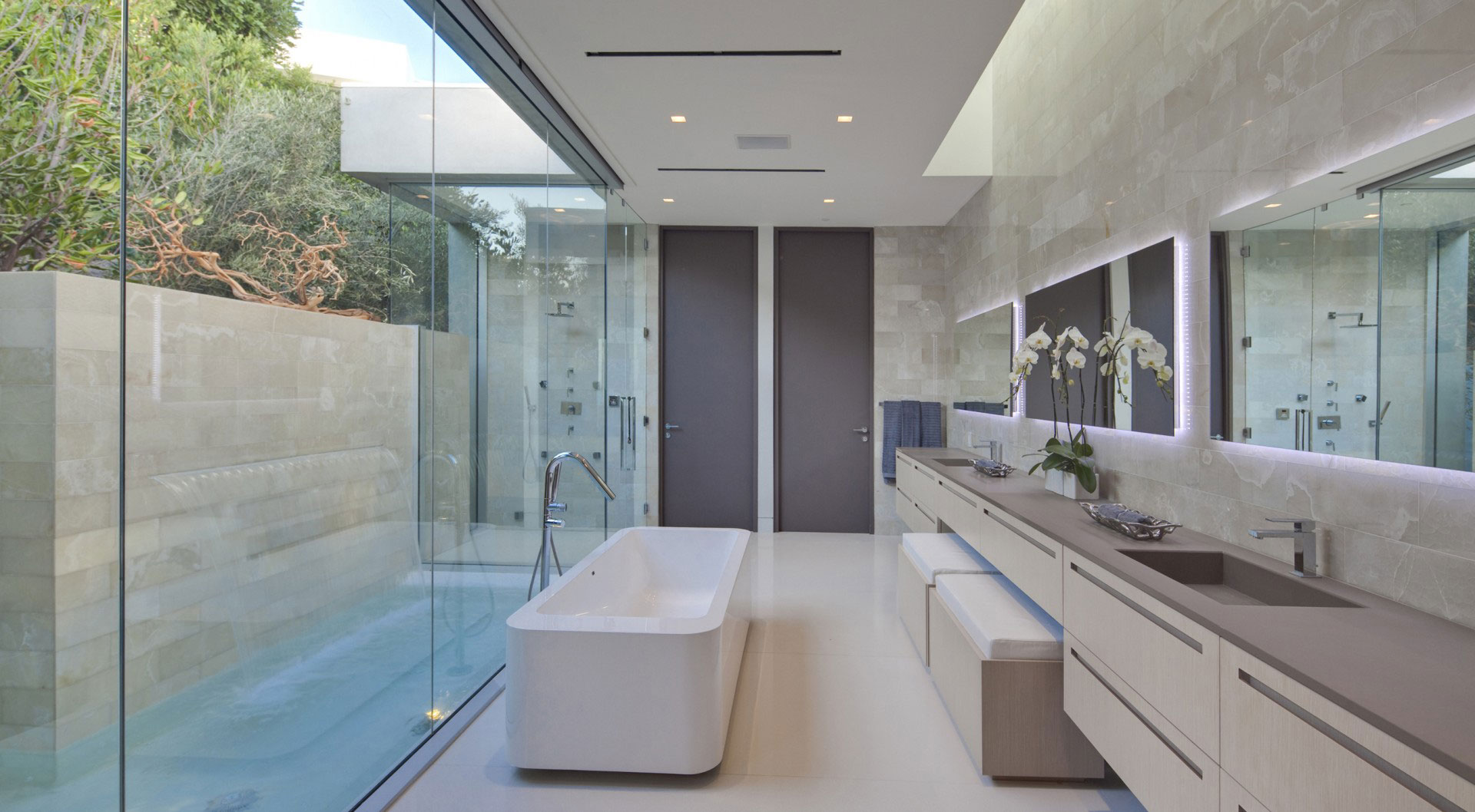 Bathroom Glass Wall Water Feature Tanager Residence In West Hollywood