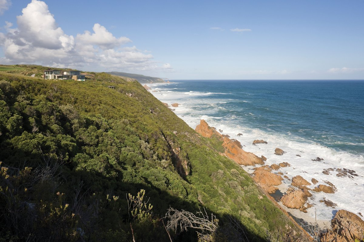 Cliff, Ocean, Cliff Top Home in Knyzna, South Africa