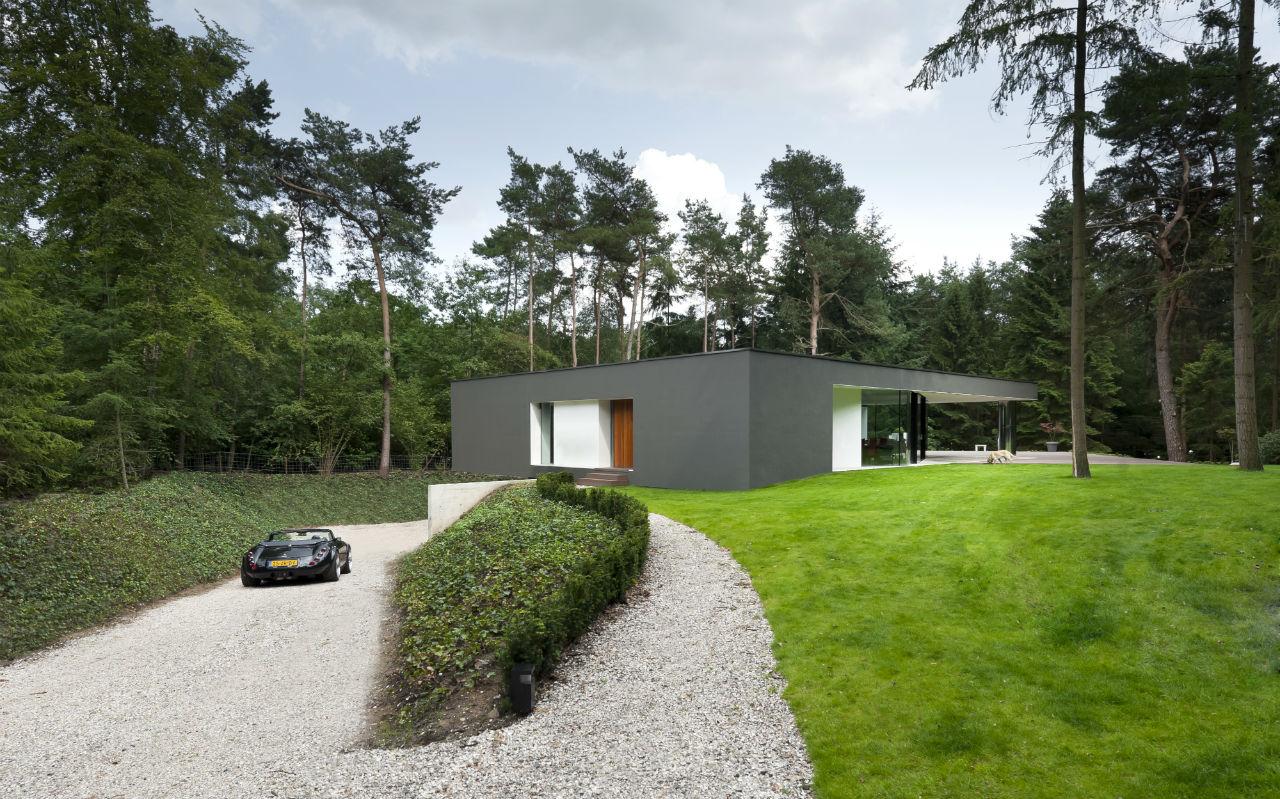 Driveway, Garden, Lawn, Modern Villa in Hattem, The Netherlands